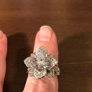Rose ring size 6